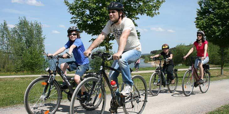 Radfahren um die fränkischen Seen