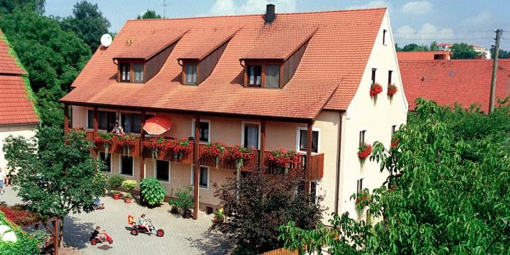Ferienhof<br />Straußberger